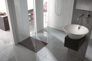 bodengleiche duschwannen stiftung myhandicap. Black Bedroom Furniture Sets. Home Design Ideas