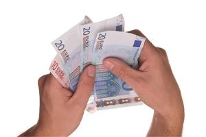 Finanzielle Hilfe von den Reichen